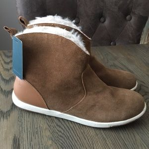 Emu Ankle Boots